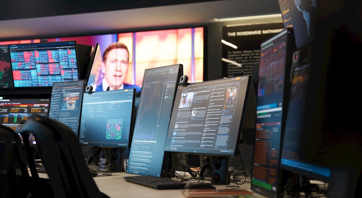 trading room monitors