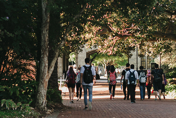 Students walking near Tropical Grove at UWA campus