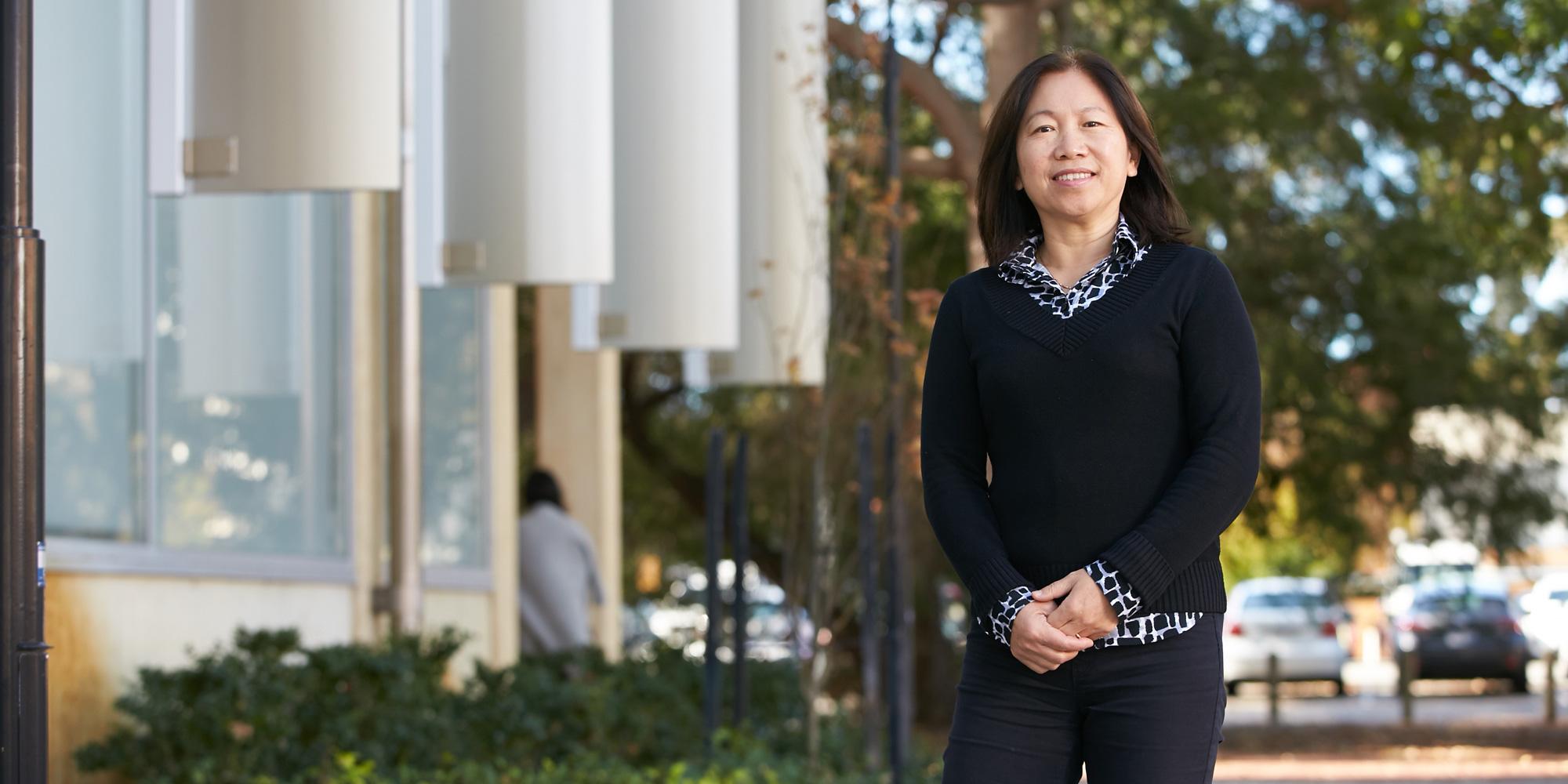 Professor Yuxia Hu