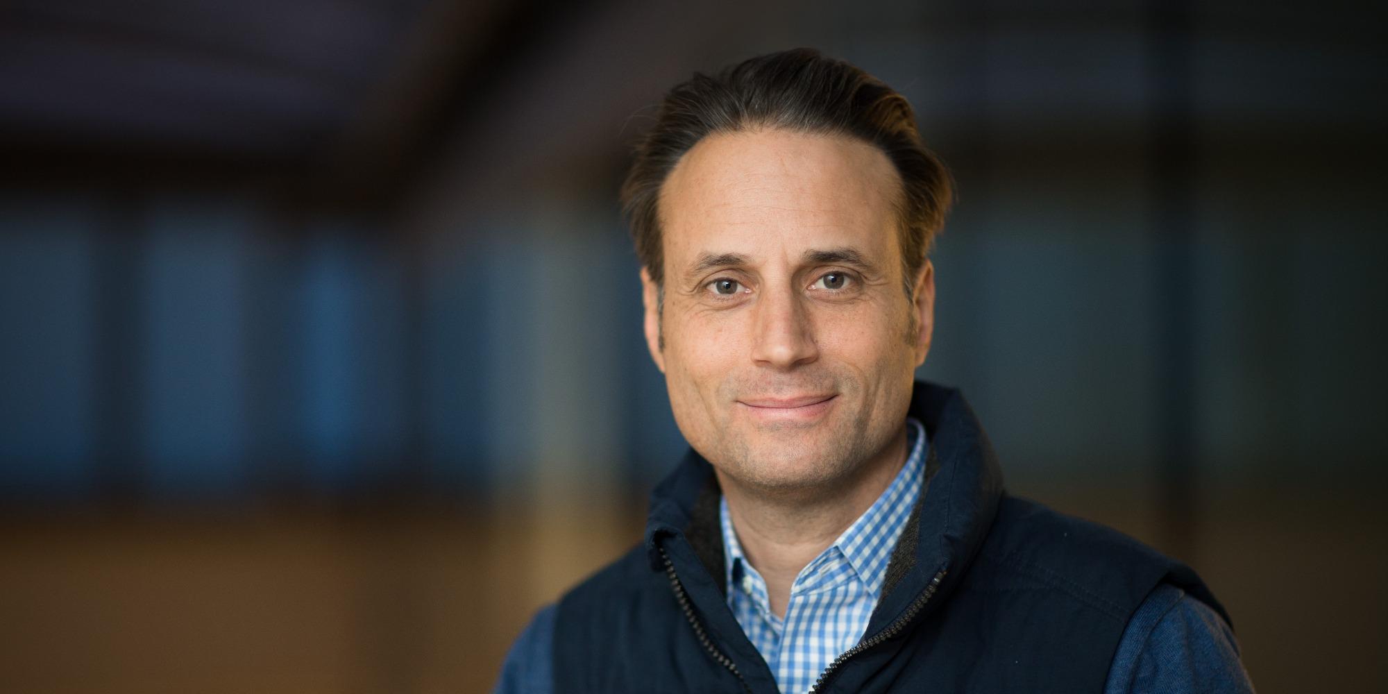 Dr Adam Parr